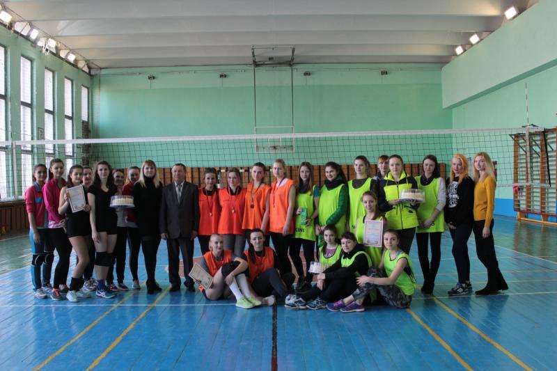 В ГГТУ им. П.О.Сухого состоялись соревнования по волейболу среди женских сборных команд факультетов