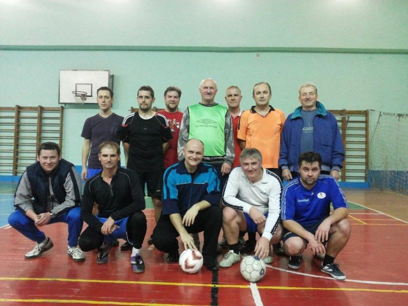 Соревнования по мини-футболу среди команд преподавателей и сотрудников