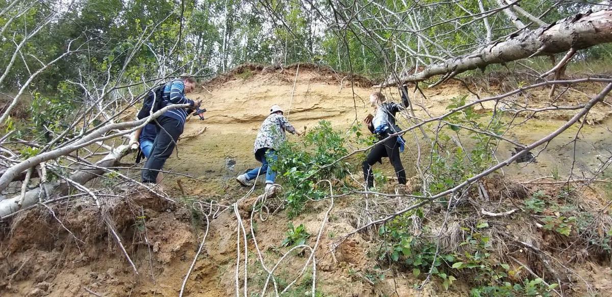 Геологическая практика или незабываемые приключения в горах 15_podgotovka_strahovki.jpg