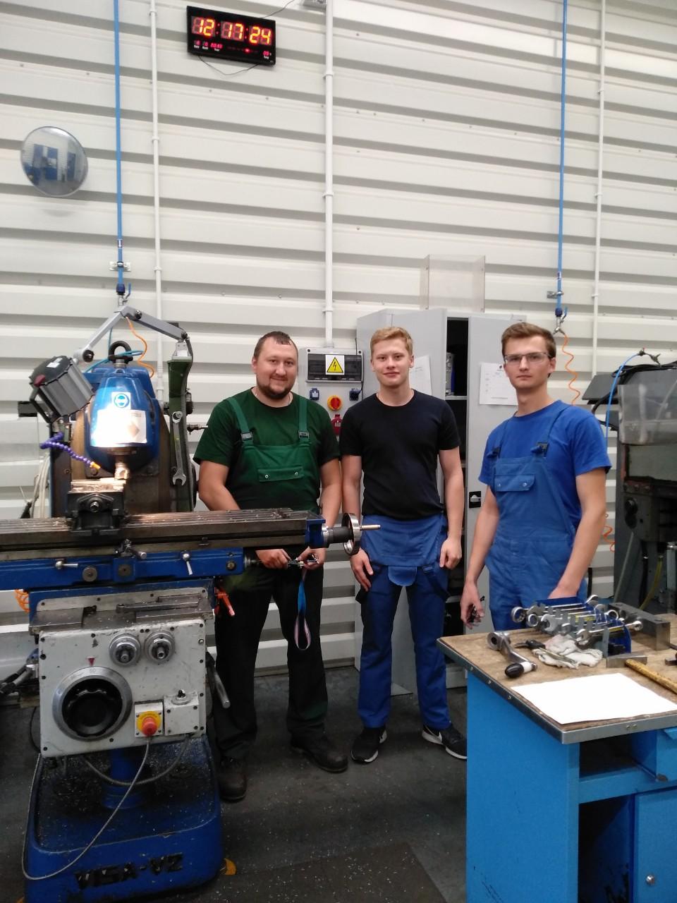 Студенты МСФ проходят практику на предприятиях Польши muzhik1.jpg